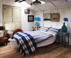 maritimes schlafzimmer maritimes schlafzimmer mit bett aus weißem boot schlafzimmer