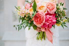 bridal flowers best wedding flowers by season pretty happy wedding