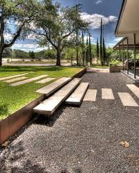 Austin Decks And Patios 12 Landscaped Patios Where We Want To Spend The Day Retaining