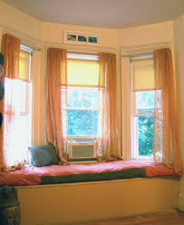 How To Hang Curtains On A Bay Window How To Hang Bay Window Curtains Gopelling Net