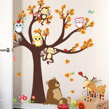 stickers animaux chambre bébé sticker l arbre avec les hiboux et animaux de la forêt stickers
