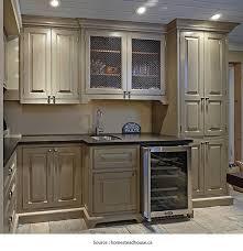 couleur d armoire de cuisine peindre armoire de cuisine en chene 1 4 10926772 902491246452306 o