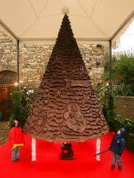 Chocolate Brown Christmas Tree Decorations by 10 Most Amazing Christmas Trees From Around The Globe Amazing