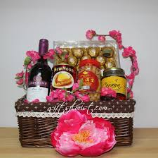 new year gift baskets singapore flower shop florists singapore flowers gifts to