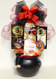 Baby Halloween Gifts by 41 Best Candy Bouquets Images On Pinterest Halloween Gifts Gift