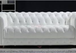 canap chesterfield gonflable fauteuil chesterfield blanc 115763 location canapé blanc