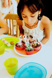 cours de cuisine enfant lyon goûter d anniversaire don t panic avec l atelier clafoutis