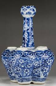 Blue And White Vases Antique Elegance Gallery U0026 Auctioneers