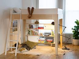 chambre enfant avec bureau chambre enfant lit mezzanine un lit mezzanine pour dsencombrer le