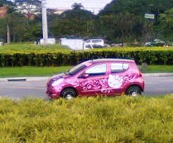 kitty car gogirl cafe