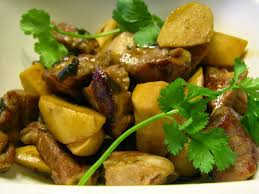 oil free small taro root stew with country style rib meat 小芋头