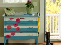 Hand Painted Furniture by How To Make A Striped And Floral Dresser How Tos Diy
