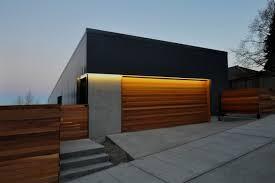 garagentor design garagentor holz design haus beleuchtung beton zaun zukünftige