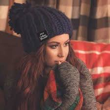 how chelsea houska dyed her hair so red obsessed with knit hats chelsea houska deboer inspiration