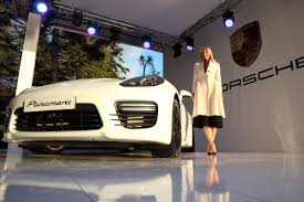 Porsche Panamera Gts - porsche panamera gts presentation 2014 maria sharapova official