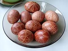 Easter Egg Decorating Polish by The Easter Egg Cap Cana Blog