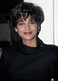 holly berry hairstyles in 1980 i love halle berry hbmbbvc i love halle berry hbmbbvc