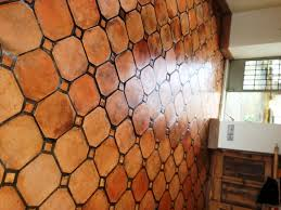 Best 25 Terracotta Tile Ideas Photo Terracota Floor Tiles Images 20 Interiors That Embrace
