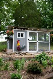 Easy Backyard Chicken Coop Plans by In The Chicken Coop Coops Gardens And Farming