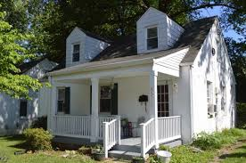 three bedroom cape cod in hyattsville md lists for 340 000