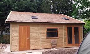 warwick garages garage building garden office stables stable large garage with a cedar shingle roof