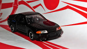 tomica nissan leaf land of the rising sun day tomica initial d skyline r32
