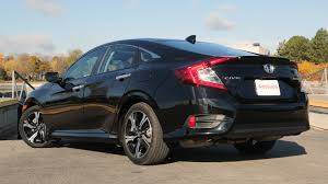 nissan sentra vs honda civic 2017 hyundai elantra vs 2017 honda civic