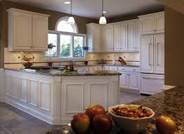 Popular Colors For Kitchens by 5 Most Popular Kitchen Cabinet Designs Color U0026 Style Combinations