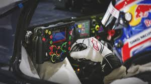 porsche 919 hybrid 2016 newmotoring the porsche 919 hybrid u0027s steering wheel for dummies