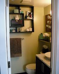 interior design for decorating small bathrooms on a budget of