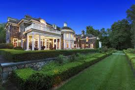 grand georgian residence on 86 gated acres new york luxury homes