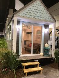 the beach house florida this is the beach cottage tiny house by norsk tiny houses it u0027s