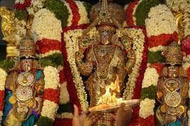 lord venkateswara pics mauritius v p pillay vyapoory stands in line for glimpse of lord