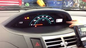 how to reset maintenance light on 2007 toyota highlander hybrid reset oil maintenance light 2007 to 2013 toyota yaris youtube