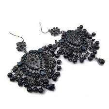 black chandelier earrings bring on the chandelier earrings call me california