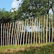 cloture jardin bois clotures en bois pour jardin on decoration d interieur moderne