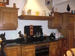 cuisines traditionnelles cuisine traditionnelle chêne moyen rustique gilles martel