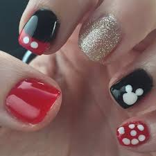 disney nail tutorial mickey mouse nails mommy travels