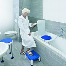 siège pour baignoire handicapé siège élévateur de bain aquatec orca siège de bain