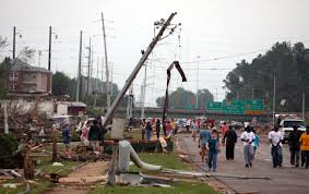 New York 6 Flags Tornado Hits Tuscaloosa A Picture Story At The Spokesman Review