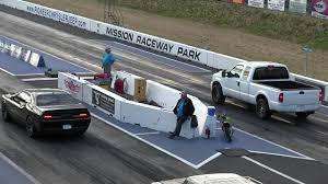 Ford Diesel Drag Truck - u didn u0027t expect that hellcat vs ford pickup truck drag race