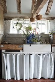 Scullery Sussex Farmhouse Kitchen Design Ideas Houseandgarden - Home and garden kitchen designs