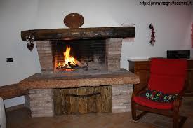 camino a legna usato termocamino a legna usato tavoli in legno grezzo con camini a