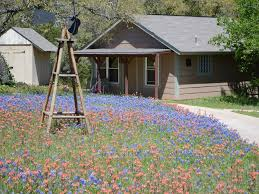 misty bend cabin in the hill country homeaway leander