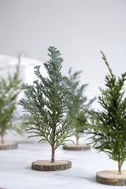 sapin de noel artificiel plus vrai que nature 20 idées déco à réaliser avec des branches de sapin noël