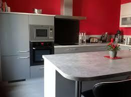 mur cuisine framboise cuisine mur et gris photo decoration avec 9 choosewell co