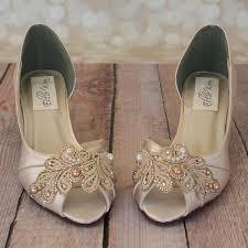 wedding shoes kitten heel best 25 kitten heel wedding shoes ideas on kitten