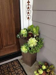 Front Porch Planter Ideas by Best 20 Front Door Planters Ideas On Pinterest Front Porch