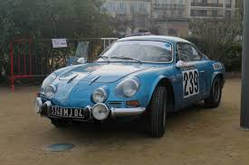 renault alpine classic first look at the new renault alpine a120