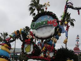 orlando thanksgiving parade universal studios orlando celebrates christmas with music parades